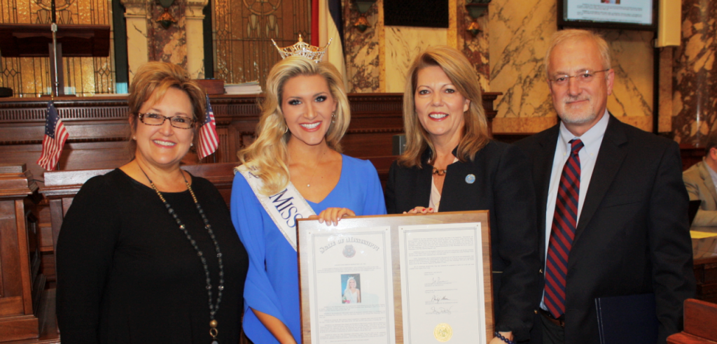 Miss Mississippi 2016 and Brookhaven native, Laura Lee Lewis & her family, with Senator Doty.